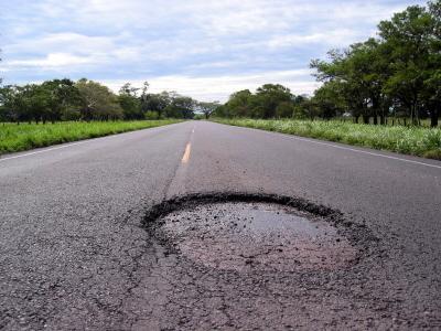 40 procent dróg jest dziurawa