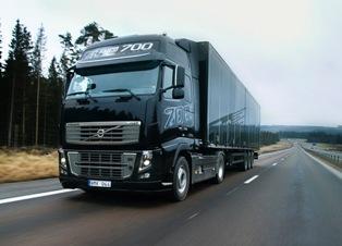 Najmocniejsza ciężarówka na świecie (wideo)