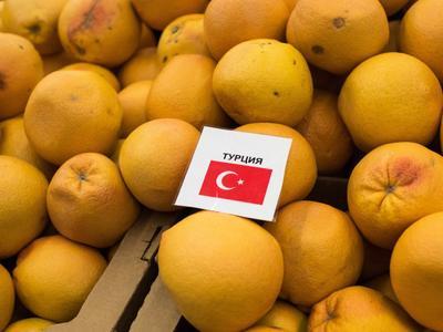 Rusai greitai nebevalgys jokių turkiškų vaisių ir daržovių