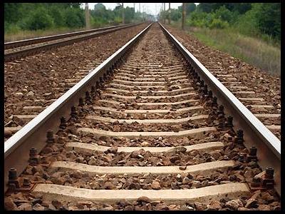 DB Schenker: W Polsce brakuje długofalowej strategii inwestycji kolejowych. Wysokie stawki dostępu i słabo skoordynowany proces remontowy infrastruktury szkodzą branży