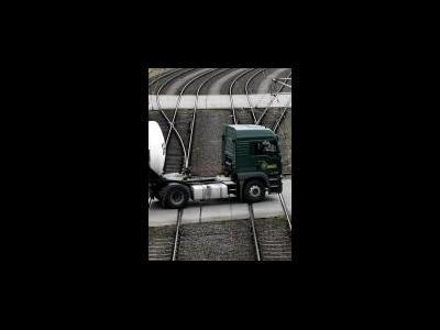 LKW umweltfreundlicher als Bahn? Kritik an Studie