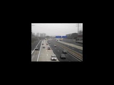Österreich: Wirtschaftskrise belastet Straßengüterverkehr ununterbrochen