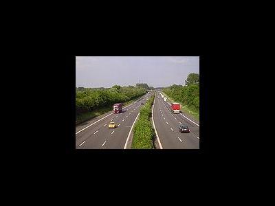 A44 wird ausgebaut