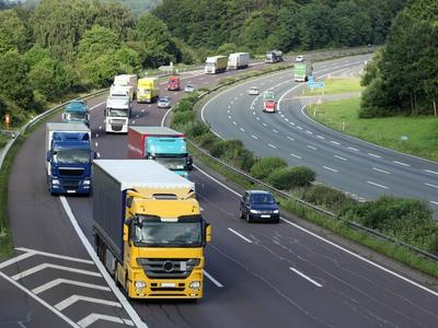 Apie krovininio transporto judėjimo apribojimus Austrijoje