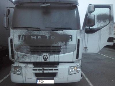 Balandžio 9 d. didžiulis Prancūzijos sunkvežimių vairuotojų protestas prieš užsienio vežėjus
