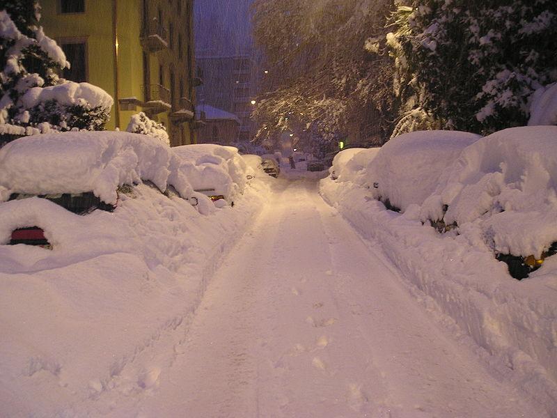 Śnieżna niewola 167 kierowców