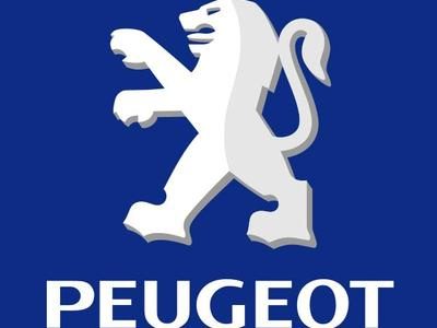 Peugeot zmienia logo
