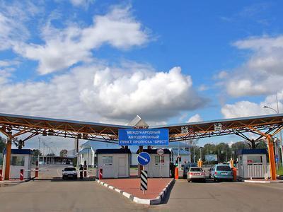 В сентябре в международном автодорожном пункте пропуска Брест начнет функционировать система электронной очереди.