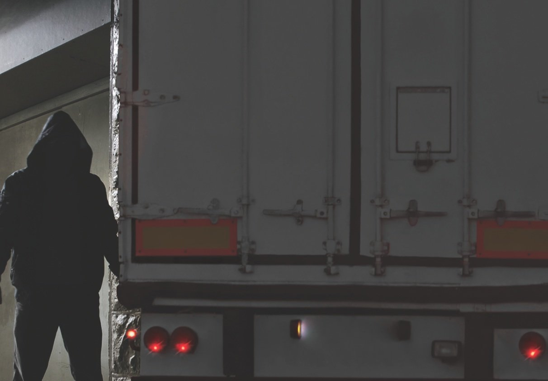 Внимание! Бандиты возвращаются на испанские дороги… грабят грузовики даже в процессе езды!