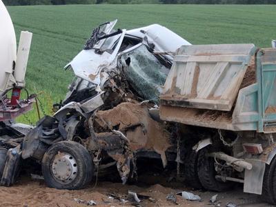 """""""Mirties kelyje"""" sutraiškytas sunkvežimis"""