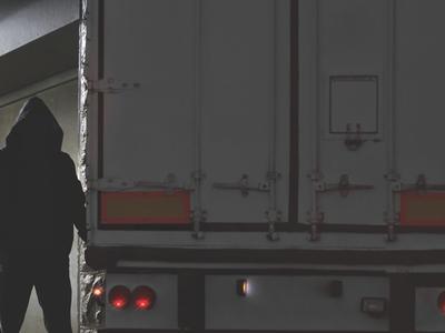 Dėmesio! Nusikaltėliai grįžta į Ispanijos kelius. Vagiama net iš važiuojančių vilkikų!