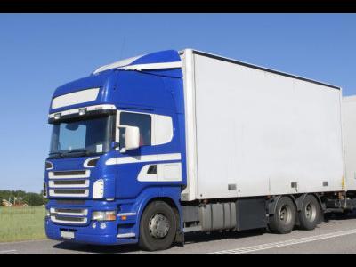Ukraina: įvestas draudimas važiuoti vilkikams, sveriantiems daugiau nei 40 tonų