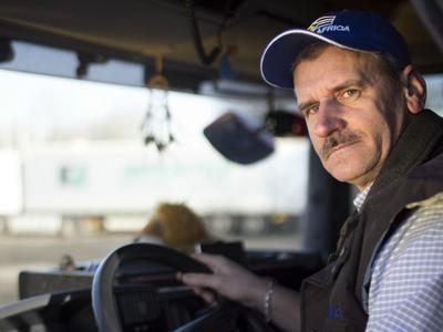 Vairuotojui užvirė kraujas: atvirai prabilo apie vežėjų algas