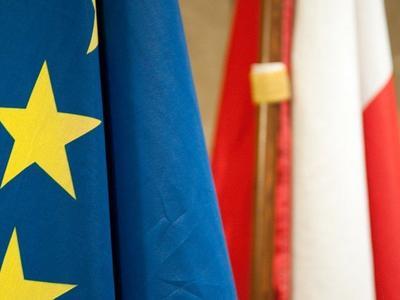 Vilkikų eismo draudimas Lenkijos valstybinių švenčių ir atostogų metu