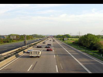 Upały hamują transport w Niemczech. Ograniczenia prędkości na autostradzie A5 i A6