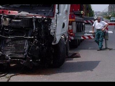 Vokietija ruošiasi kovai pries mobiliuosius įrenginius: Mums jau gana sunkvežimių avarijų!