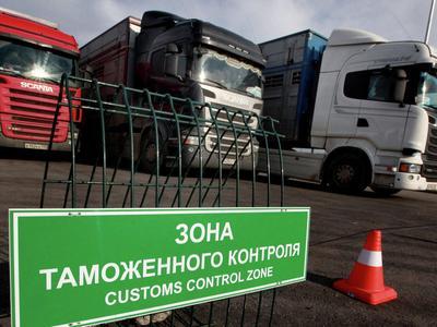Таможня России недобрала почти 400 миллиардов