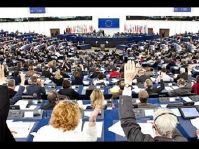 Из грузовика в Европейский парламент для спасения транспорта?