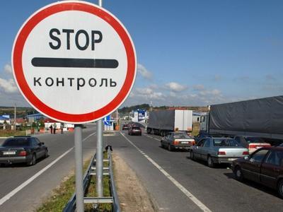 На польскую границу после возобновления малого приграничного движения вернулись очереди