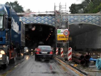 Rendsburger Kanaltunnel: drei Jahre über Plan wird die Oströhre wieder freigegeben