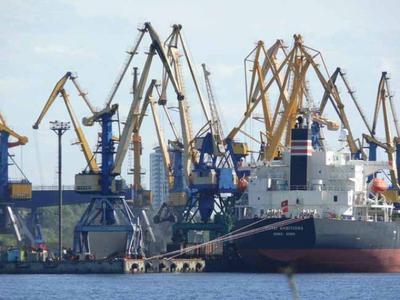 Грузооборот портов стран Прибалтики в январе-мае 2016 г. упал на 7,9%