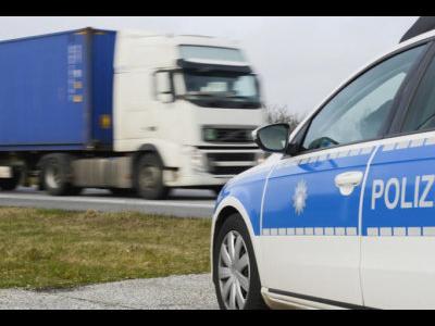 На этой неделе массовые проверки грузовых автомобилей в Европе