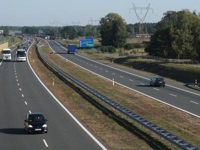 Rząd znalazł mnóstwo dodatkowych pieniędzy na drogi w Polsce! To pomoże dogadać się z Komisją Europejską?