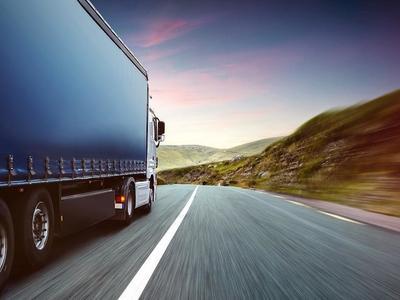 В Беларуси с 2017 года снижаются ставки госпошлины на выдачу разрешений на международные перевозки грузов