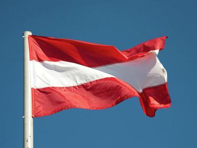 TLP zaskarżyła Austrię za przepisy dot. płacy minimalnej. Komisja Europejska odpowiedziała