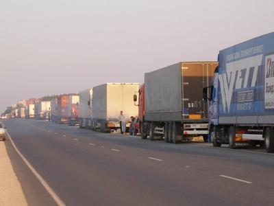 Coadă de 10 km de camioane la Vama Giurgiu-Ruse