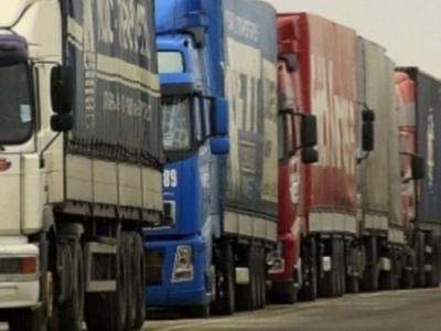 Coloană de camioane la vama Nădlac