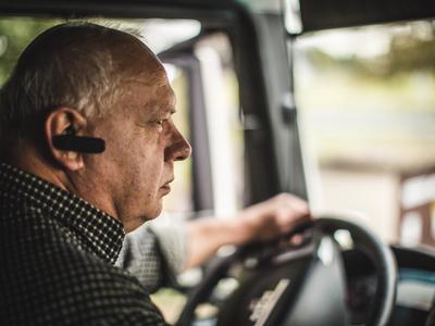 Még 2500 sofőr képzését fizeti ki az állam