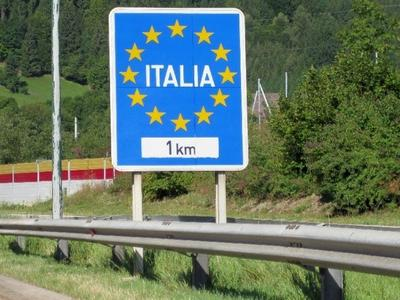 Italia reintroduce controlul la frontiere până la sfârșitul lunii mai