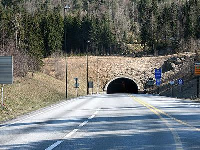 Норвегия планирует ввести запрет на въезд грузовиков в тоннель