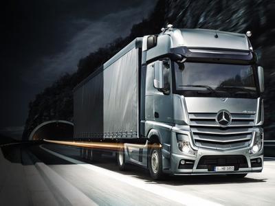 Visszaesett a Mercedes haszongépjárművek forgalma