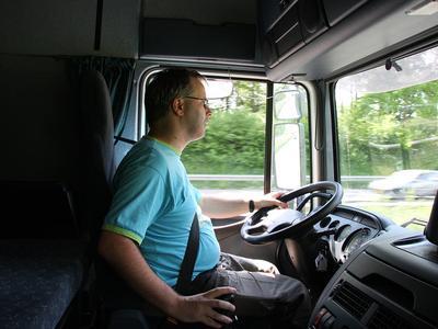 Bíróság: Nem jár holland fizetés a kint dolgozó magyar kamionosoknak