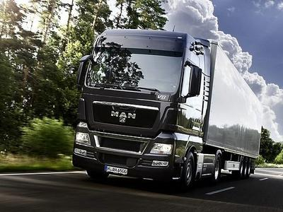 MAN и Schenker будут совместно тестировать технологию platooning (объединение грузовых автомобилей в колонны для дальнейшего совместного передвижения)
