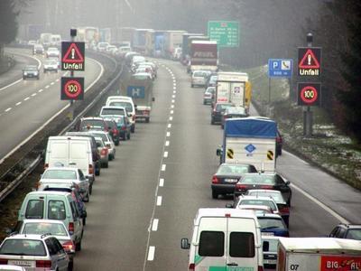 Niemiecki minister transportu chce surowszych kar dla osób, które nie tworzą korytarzy ratunkowych