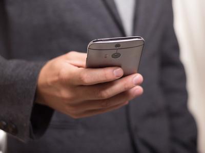 Mobilne prawo jazdy, dowód rejestracyjny i polisa OC już we wrześniu