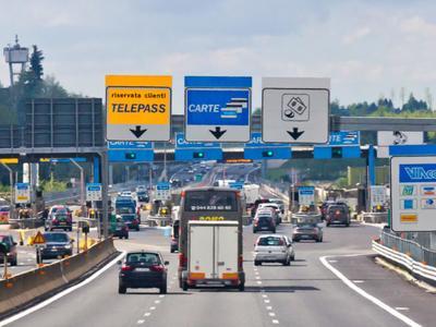 Ограничения для движения грузовиков в период летних отпусков в Австрии и в Италии