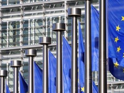 Itt vannak Brüsszel javaslatai a nagy kelet-nyugati kamionos vita rendezésére