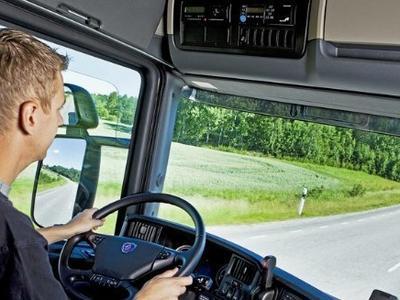 Дальнобойщикам с личным автотранспортом предлагают самую высокую зарплату