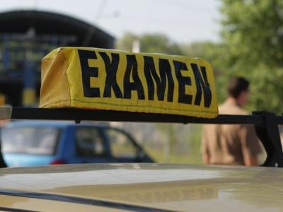 Proba practică a examenului auto, înregistrată atât video cât și audio