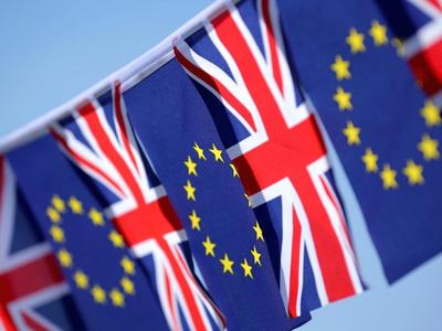 Великобритания хочет временного таможенного союза с ЕС – это должно облегчить транспорт и торговлю после Брексита