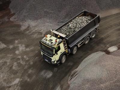 651 ciężarówek-wywrotek Volvo FMX pracuje przy budowie największego na świecie lotniska w Stambule
