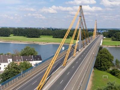 Duisburg bridge on A40 is now open. Mind the weight limit!