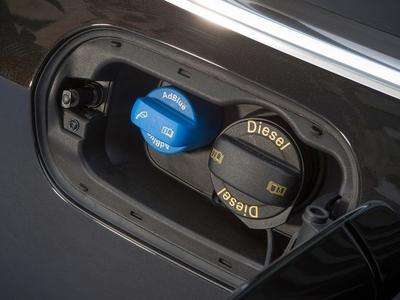 Очередной сговор в автомобильной промышленности – немецкие компании согласовывали, в частности, объем баков AdBlue