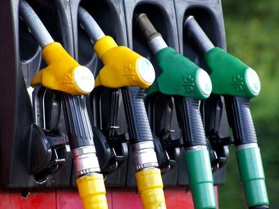 CNG czy Diesel? Co się bardziej opłaca, kiedy i dla kogo