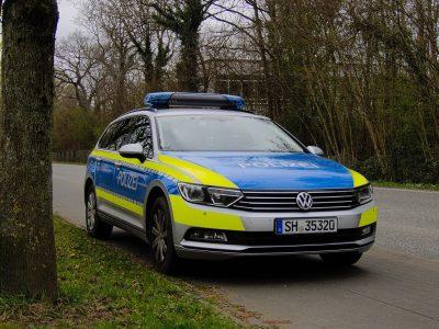 Polizei: Falsche Beamte kontrollieren die Fahrer
