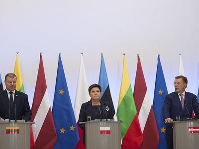 Балтия и Польша потребуют, чтобы их работникам и в «старом ЕС» платили, как дома